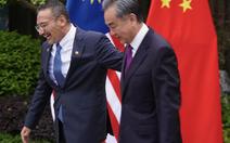 Ngoại trưởng Malaysia gọi đồng cấp Trung Quốc là 'đại ca', dân không vui