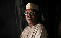 Mới tái đắc cử 1 ngày, tổng thống Chad tử trận ngay trận tiền