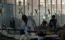 Bệnh viện Philippines căng thẳng, nhiều bệnh nhân COVID-19 không có giường