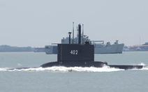 Tàu ngầm Indonesia chở 53 người mất liên lạc: Gặp sự cố mất điện?