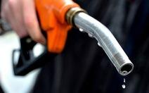 Bán hơn 8.300 lít xăng kém chất lượng, bị phạt hơn 600 triệu đồng