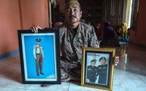 Tàu ngầm Indonesia chìm: Người nhà muốn tìm được con bằng mọi giá