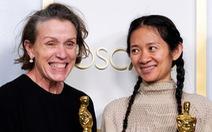 Oscar 2021: Nomadland giành 3 tượng vàng cho phim, đạo diễn và nữ chính xuất sắc
