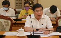 Chủ tịch UBND TP.HCM: 'Dứt khoát dừng bắn pháo hoa, lỡ có chuyện gì ân hận không kịp'