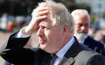 Thủ tướng Anh có nói 'thà để xác chết chất đống hơn là phải phong tỏa'?