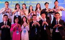 Du học sinh Việt và ước mơ 'hòa hợp dân tộc'