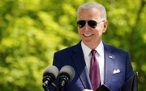 Sau chiến thắng đầy tranh cãi, 100 ngày đầu tiên của Tổng thống Biden vượt xa mong đợi