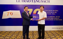 Lễ trao tặng sách - hoạt động thể hiện tình hữu nghị giữa hai nước Việt Nam - Nga
