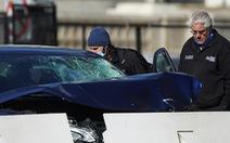 Lao xe xong cầm dao tấn công cảnh sát Quốc hội Mỹ chết, đồi Capitol phong tỏa