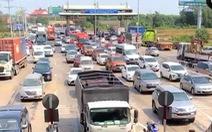 Từ TP.HCM đến Vũng Tàu mất 5 tiếng, quốc lộ 51 phải xả trạm thu phí