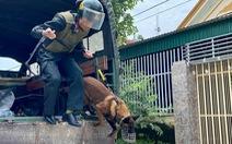 Hai người chết sau nổ súng ở TP Vinh, công an bao vây, bắt nghi phạm sau 6 giờ