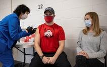 Mỹ đạt kỷ lục về tiêm vắc xin phòng COVID-19: 4,1 triệu liều/ngày