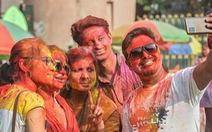 Ấn Độ làm gì khi có nhiều người chết vì selfie mạo hiểm?