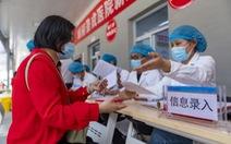 Số ca mắc mới COVID-19 theo ngày lại tăng ở Trung Quốc