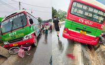 Xe buýt tông chết bé gái lớp 5 trên đường đi học