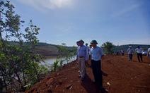 Tự ý mở đường, hủy hoại hơn 5.600m2 rừng phòng hộ: 2 người bị phạt... 22 triệu