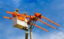 Để không thiếu điện, Bộ Công thương tính nhập hàng nghìn MW từ Trung Quốc, Lào