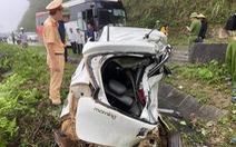 Xe con và xe khách tông nhau, 2 người chết