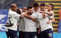 Đá bại Crystal Palace, Man City chạm tay vào cúp vô địch