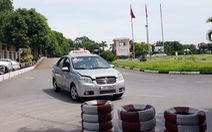 Tạm dừng thi bằng lái ô tô do COVID-19