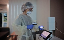 Công nghệ mới tại Singapore: Máy kiểm tra virus COVID-19 chỉ với một hơi thở
