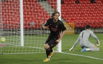 'Vùi dập' Granada, Real tiếp tục bám đuổi Atletico