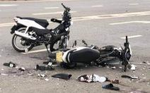 2 xe máy tông nhau, 2 thanh niên tử nạn