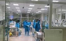 48 bệnh nhân COVID-19 tiến triển nặng, 1 người rất nặng tiên lượng tử vong