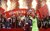 Đá bại Chelsea, Leicester lần đầu trong lịch sử đoạt Cúp FA