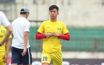 Phan Văn Đức ký hợp đồng ở lại Sông Lam Nghệ An thêm 3 năm