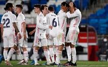 Real Madrid 'bám sát' Atletico Madrid trong cuộc đua vô địch