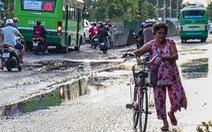 TP.HCM yêu cầu tháo dỡ rào chắn trên đường Lương Định Của thi công 6 năm chưa xong
