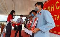 Bàn giao đất tái định cư cho 24 hộ dân ở dự án sân bay Long Thành