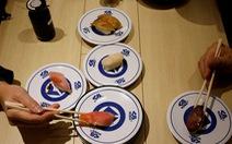 Trung tâm y tế Nhật phải xin lỗi sau khi khuyên 'không ăn với người nước ngoài'