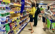 Ngành bán lẻ giữa 'tâm bão' COVID-19:  Khách hàng tìm về giá trị Việt