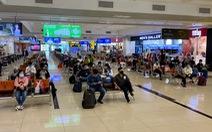 Nước sát khuẩn tay ở sân bay Nội Bài là nước lã?
