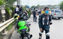 Đoàn môtô 'khủng' đi vào cao tốc Hà Nội - Thái Nguyên bị cảnh sát chốt chặn