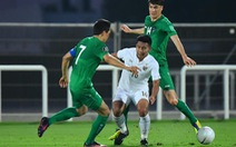 Thái Lan thảm bại 1-4 trước Uzbekistan