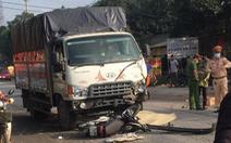 Xe máy đấu đầu xe tải, 2 thanh niên chết tại chỗ