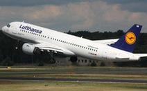 Lufthansa sử dụng công nghệ 'da cá mập' trang bị cho máy bay để giảm khí thải