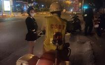 Vụ CSGT Tân Sơn Nhất 'vô cớ giữ giấy tờ xe': CSGT xin lỗi, trả lại giấy tờ