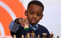 Cậu bé vô gia cư trở thành nhà vô địch cờ vua 10 tuổi