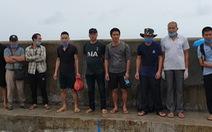 Bắt 5 sà lan chở 9 người nhập cảnh trái phép từ Campuchia vào đảo Phú Quốc