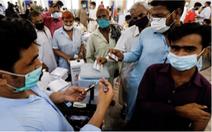 Ở Pakistan, không chịu tiêm vắc xin COVID-19 bị cắt mạng điện thoại