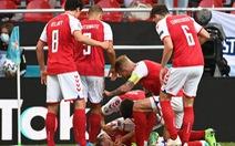 Sốc: Đang đá, Eriksen đổ gục trên sân nằm bất động