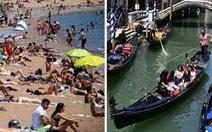 Khách ùn ùn trở lại, mùa du lịch hè ở châu Âu bắt đầu 'nóng' lên