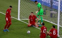 HLV, cầu thủ Thổ Nhĩ Kỳ xin lỗi người hâm mộ