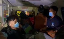 Xe cứu thương nhồi nhét 12 người từ Bắc Ninh về Sơn La để né chốt kiểm dịch