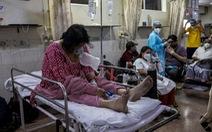 Làn sóng COVID-19 thứ hai tại Ấn Độ nguy hiểm hơn do người bệnh tự dùng thuốc