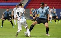 Messi tỏa sáng giúp Argentina có trận thắng đầu tiên ở Copa America 2021